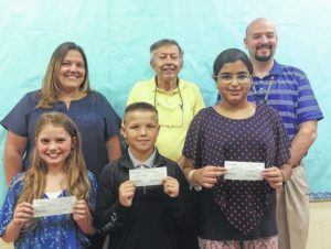 Dallas Lyons Club awards Wycalis Elementary students